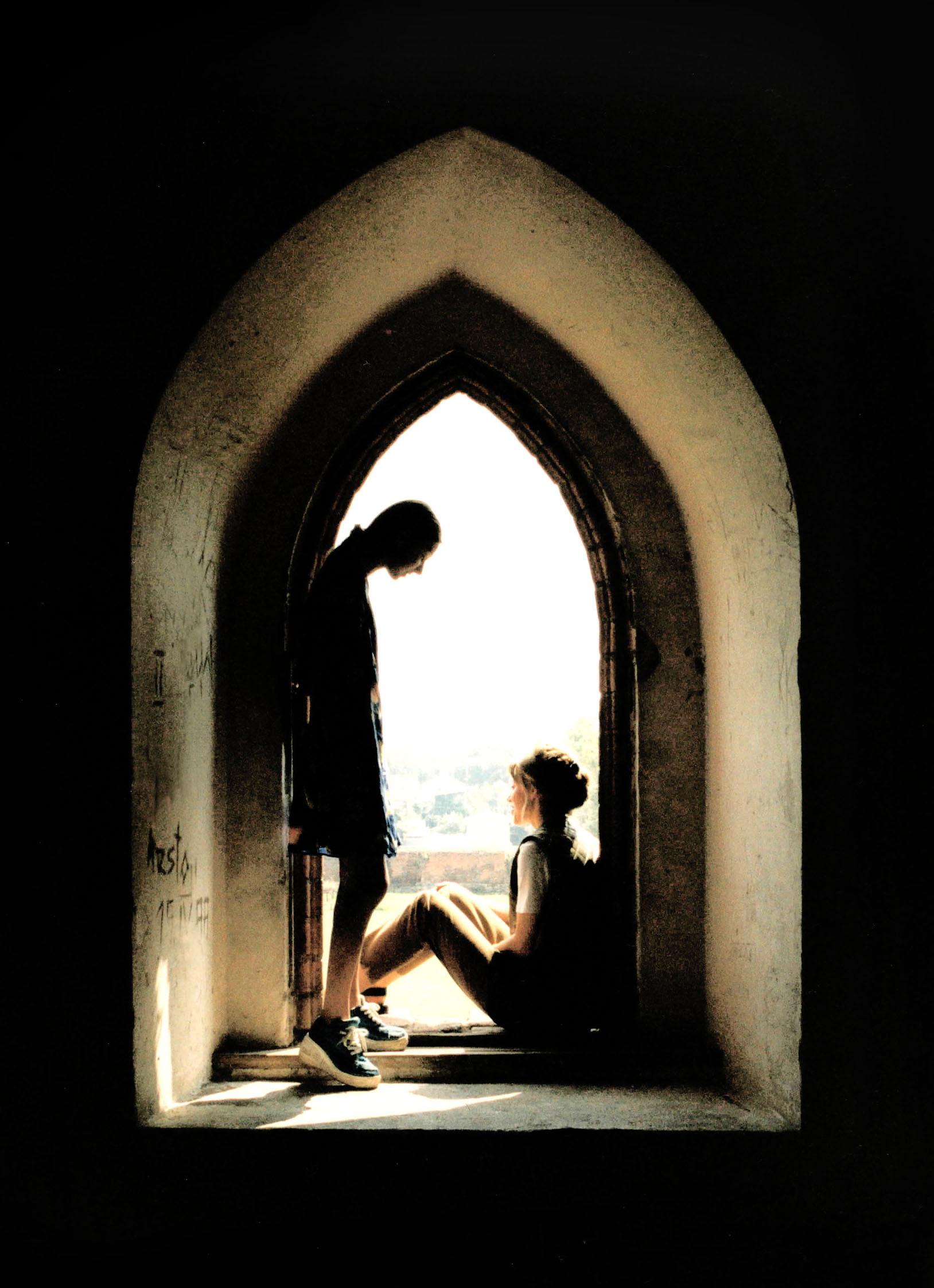 Jak ze sobą nie zwariować? O różnicach między kobietami i mężczyznami w przechodzeniu przełomu połowy życia